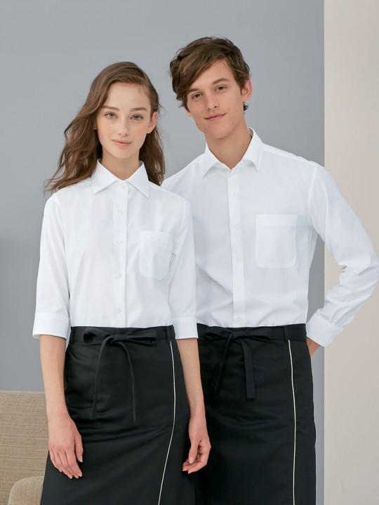 シンプルシャツスタイル